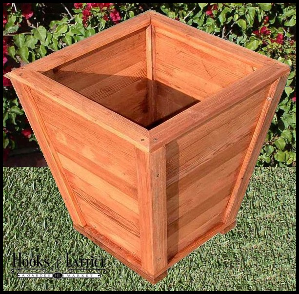 32 Morro Bay Tapered Redwood Planter