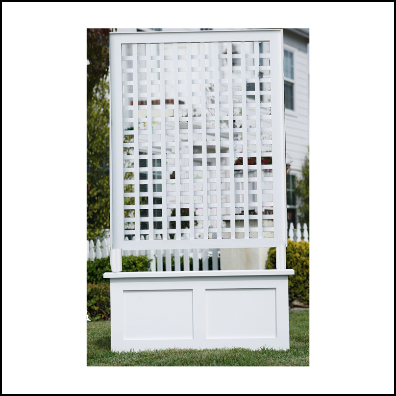 "40""W x 50""H Horizontal Lattice Trellis on a 40""W x 18""W x 18""H Flat"