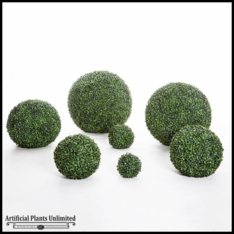 19in. Outdoor Artificial Boxwood Topiary Ball