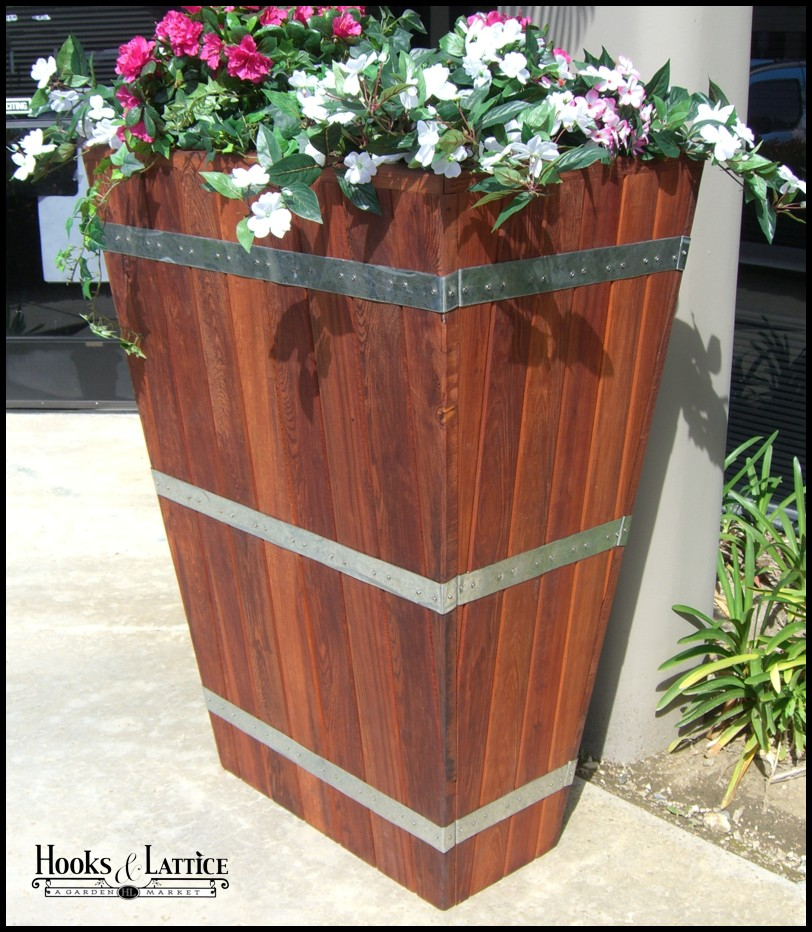 redwood planters large wooden planters planters unlimited. Black Bedroom Furniture Sets. Home Design Ideas
