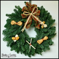 Bowser's Bounty Christmas Wreath - 20in.