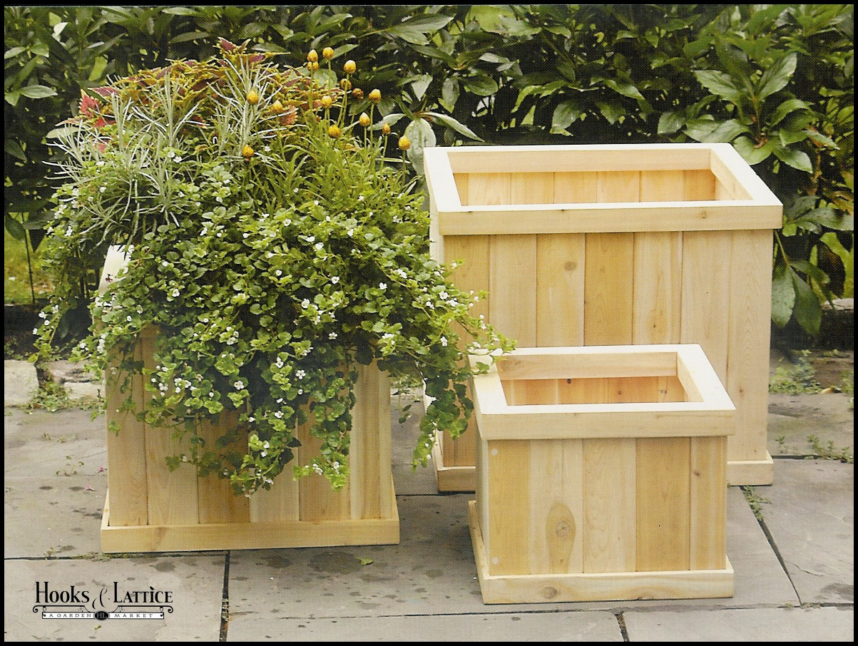 English garden cedar planter outdoor wood planters for Garden planters