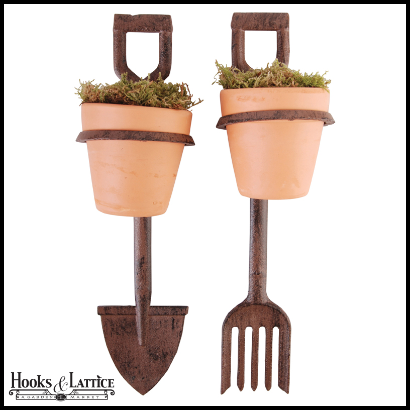 Fork and spade decorative garden stakes w terra cotta pots for Decorative garden stakes