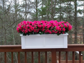 Hampton Rail Top Planters