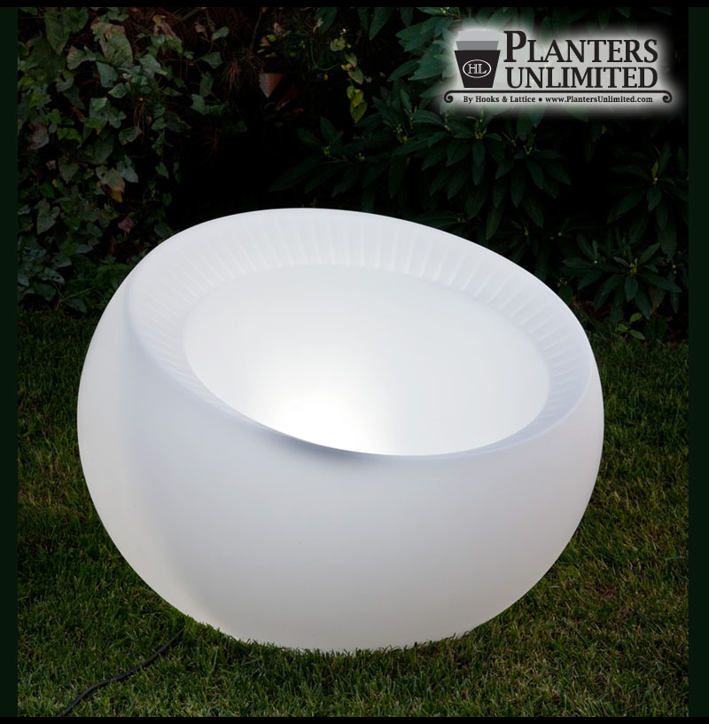 Outdoor Lighted Spheres Pre lit polyethylene planters lighted planters translucent sphere illuminated sphere planters workwithnaturefo