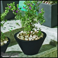 Jardin 16in. Tapered Round Planter - Caviar Black