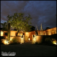 Patio Landscape Lighting Kit in Weathered Brass