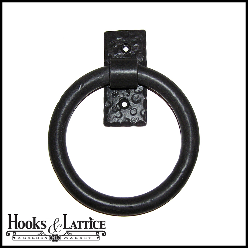smooth door knockerpull ring on rectangular back plate flat black