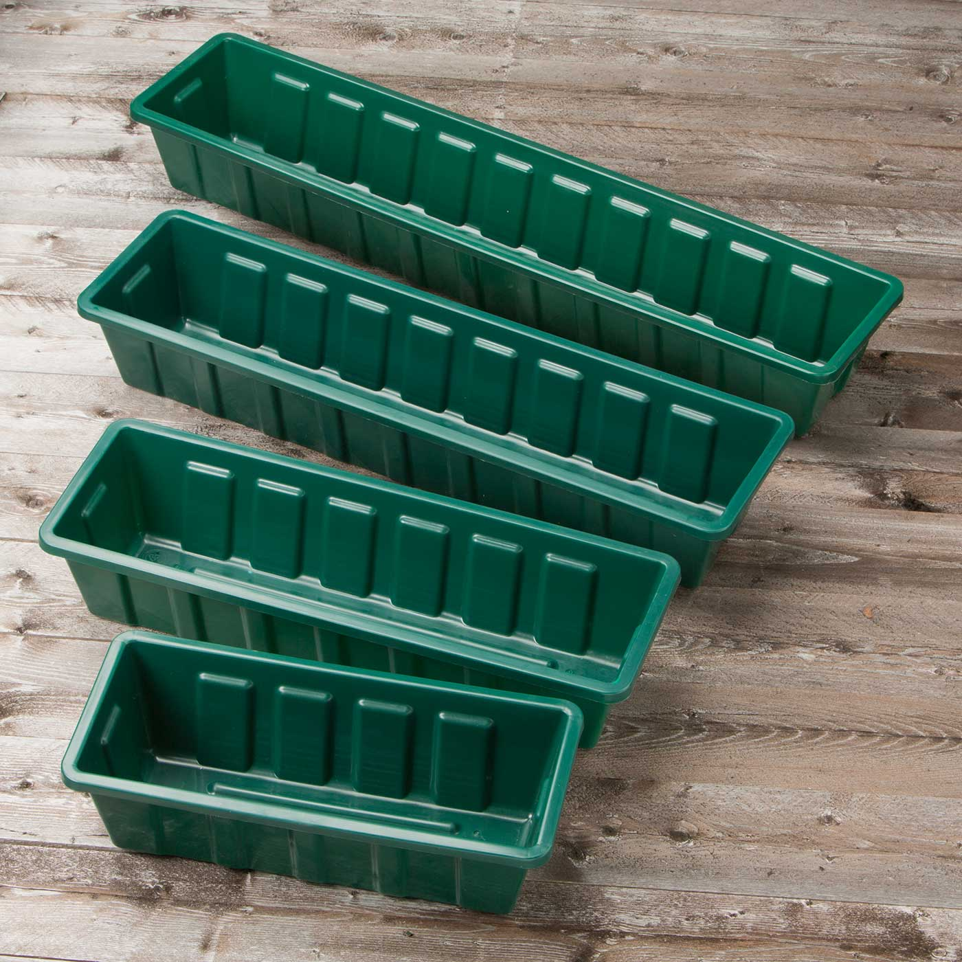 Black Planter Liners Standard Plastic Liners Hooks Lattice