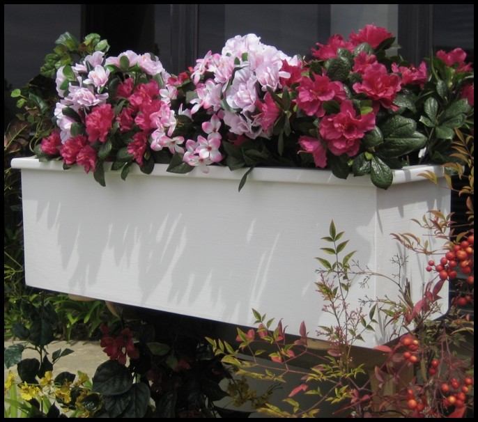 Traditional cedar wood planter box fades to wondrous wood traditional cedar wood planter box click to enlarge mightylinksfo Gallery