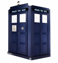 3D Life-Size Tardis � Doctor Who Cardboard Cutout Life Size Standup