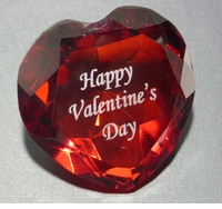 HAPPY VALENTINE'S DAY HEART SHAPED PAPERWEIGHT, 3.125 INCHES IN DIAMETER, 1.5 INCHES TALL
