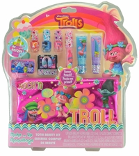 Trolls Makeup 9 Piece Total Beauty Set