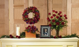 Tributes for the Urn Arrangements Roses wreath