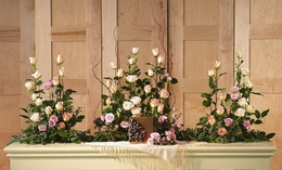 Tributes for the urn Rose Arrangements