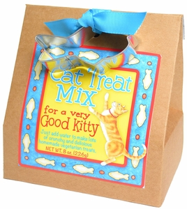Cat Treat Mix with Cutter - Click to enlarge