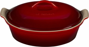 Le Creuset 2.5 Quart Heritage Oval Covered Casserole - Click to enlarge