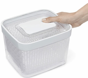 OXO 4.3 Quart GreenSaver Produce Keeper - Click to enlarge