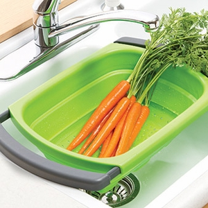 Progressive Green Collapsible Over the Sink Colander - Click to enlarge