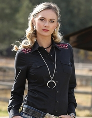 Cruel Women's Long Sleeve Arena Fit Embroidered Snap Shirt - Black