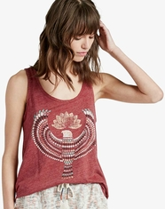 Lucky Brand Women's Sleeveless Egyptian Eagle Tank Top - Tibetan Red (Closeout)