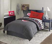 Cincinnati Reds Bedding & Decorating Accessories
