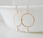 Sosie Gold Hammered Ring w/Pearl Earrings - SOLD OUT