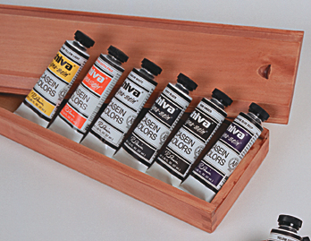 RICHESON Casein Wooden Box Gift Set of 12 & Casien Brochure - Click to enlarge