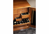 Gerstner J2417  Crown Jewelry Chest (Cherry Wood)