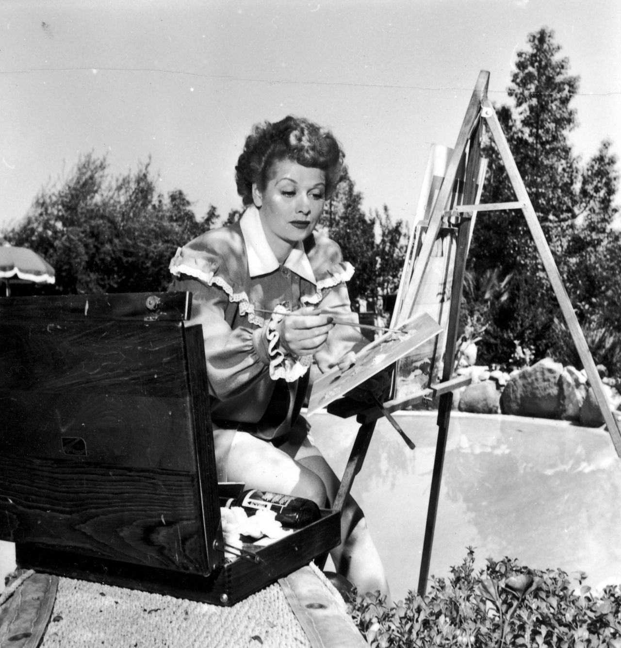 Plein air easels outdoor painting madison art shop for How tall was lucille ball and desi arnaz