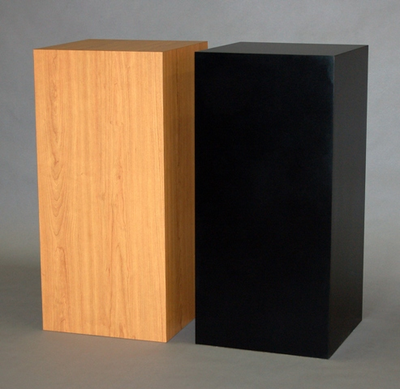 SMI Display PEDESTALS
