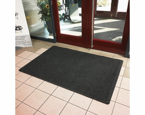 #150 Aqua-Trap Antimicrobial Entrance Mat