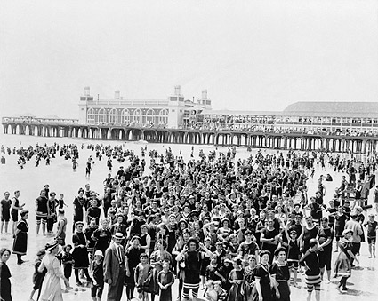 Atlantic City, New Jersey Beach Crowd 1910 Photo Print
