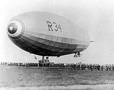 British Dirigible Airship, Long Island, New York 1919 Photo Print for Sale