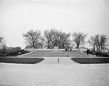 Lincoln Statue in Chicago's Lincoln Park 1900 Photo Print for Sale