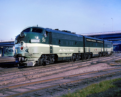 Northern Pacific F-9ABA Railroad Photo Print