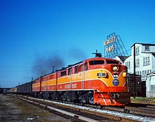 Southern Pacific PA-1 Train Photo Print for Sale