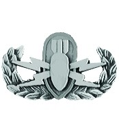 U.S. Army EOD Basic Lapel Hat Pin