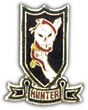 Vietnam Hunter Lapel Hat Pin