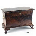 Walnut Keeping Chest 2015-4