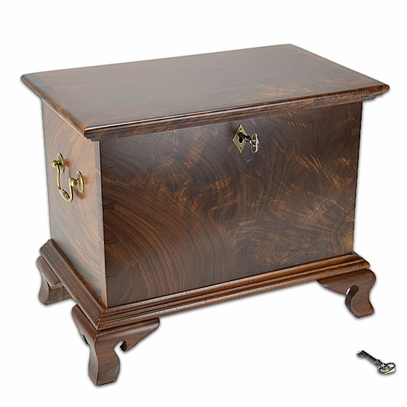 Walnut Keeping Chest 2015-7
