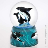 Amazing Killer Whales - Orcas at sea by Twinkle™ Waterglobes