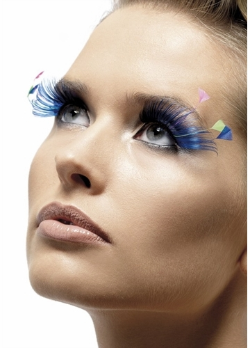 Blue Swan Feather Lashes