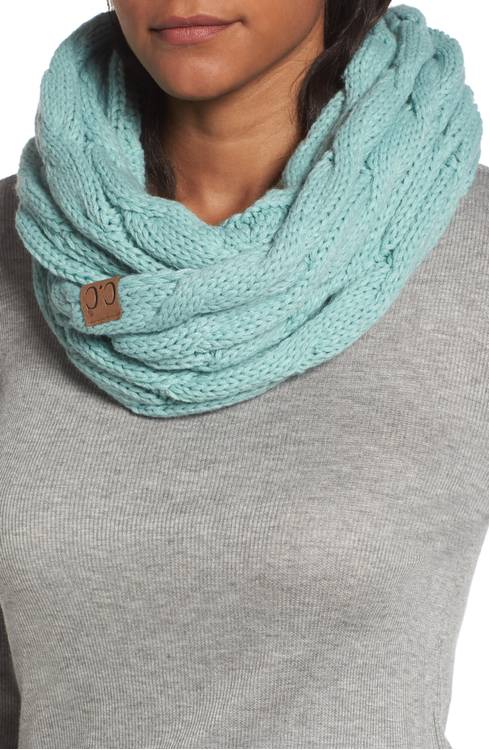 Solid Color Cc Cable Knit Infinity Scarf