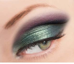 Luxe Fine Glitter Powder for Eyeliner and Eye Makeup