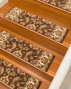 Sydney Traditional Style Carpet Stair Treads, Chocolate w/ Landing Mat