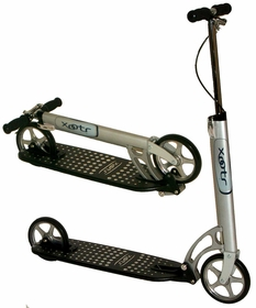 Xootr MG kick scooter with fender brake