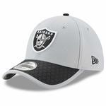 Raiders New Era 39Thirty 2017 Sideline Grey Flex Cap