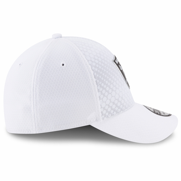 Raiders New Era 39Thirty Official 2017 Sideline Color Rush Flex Cap
