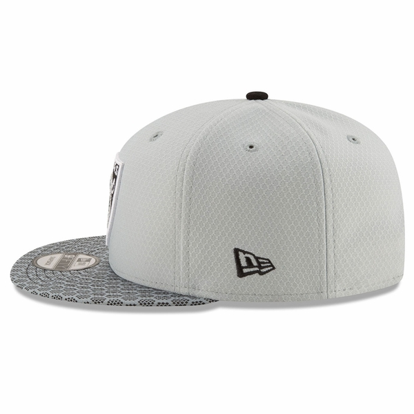 Raiders New Era 9Fifty Official 2017 Sideline Cap